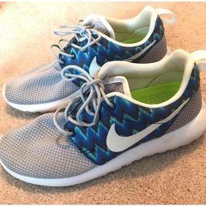 Customized Nike tennis shoes